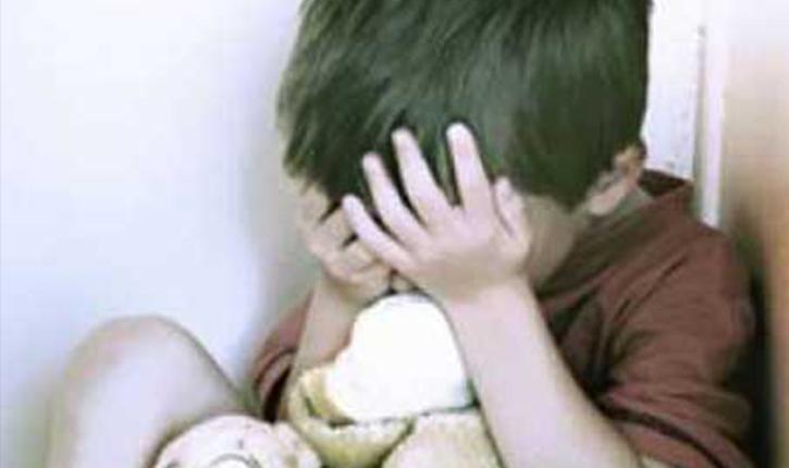 اغتصاب أطفال