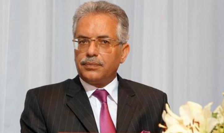 وزير العدل عمر منصور