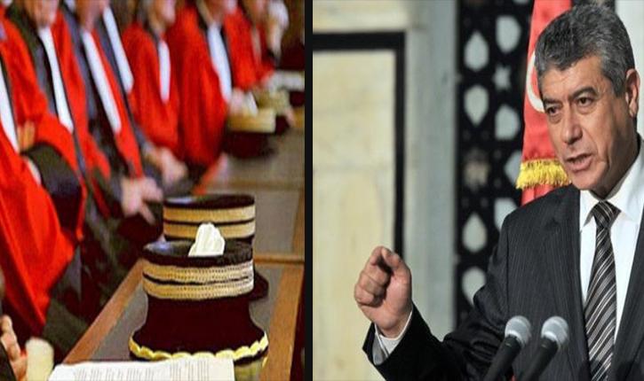 أنباء تونس  عن اللغة الخشبية وحديث وزير العدل - أنباء تونس